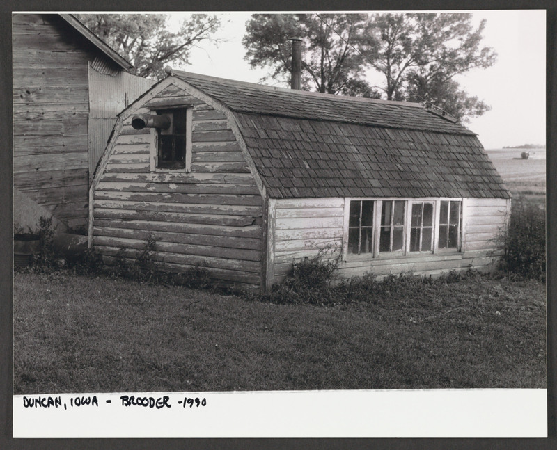 Migrant workers&#039; housing: Duncan, Iowa. Location scouting photo by Severo Perez. <br /><br /> Severo Perez Papers, Wittliff Collections, Texas State University.