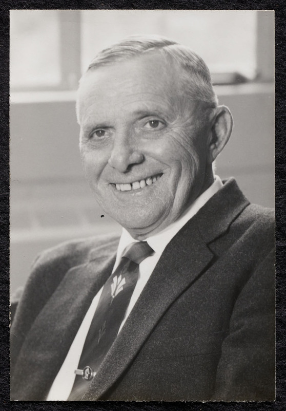 Black and white photograph of Oscar Strahan.